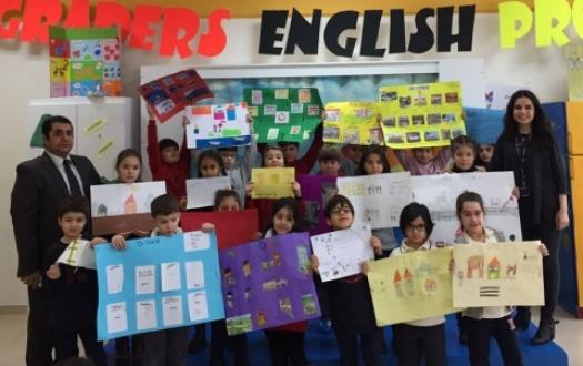 2. Sınıflarımızın İngilizce Projeleri Görülmeye Değerdi